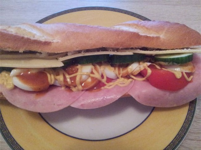 10 loại sandwich đơn giản nhưng ăn là nghiện trên thế giới - Ảnh 8.