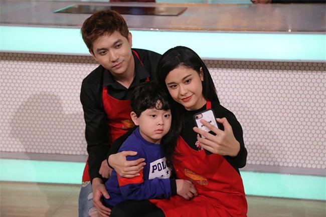 Tim và Trương Quỳnh Anh: Cặp đôi thị phi mãi mà không thấy hết năm 2017 - Ảnh 3.