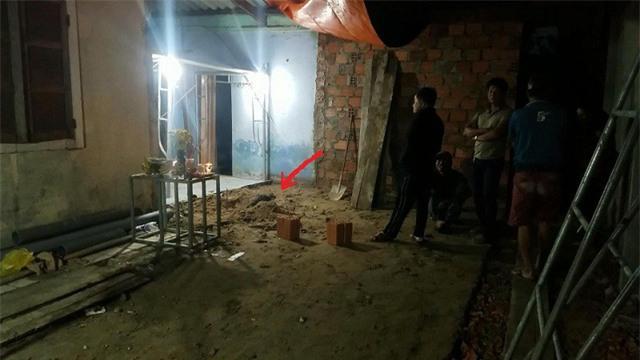 Vụ phát hiện xương người dưới nền nhà: Xương sọ bị vỡ một mảng lớn