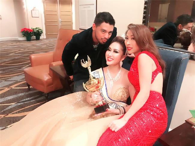 BẤT NGỜ: Phi Thanh Vân đăng quang Hoa hậu Doanh nhân Thế giới người Việt 2017-8