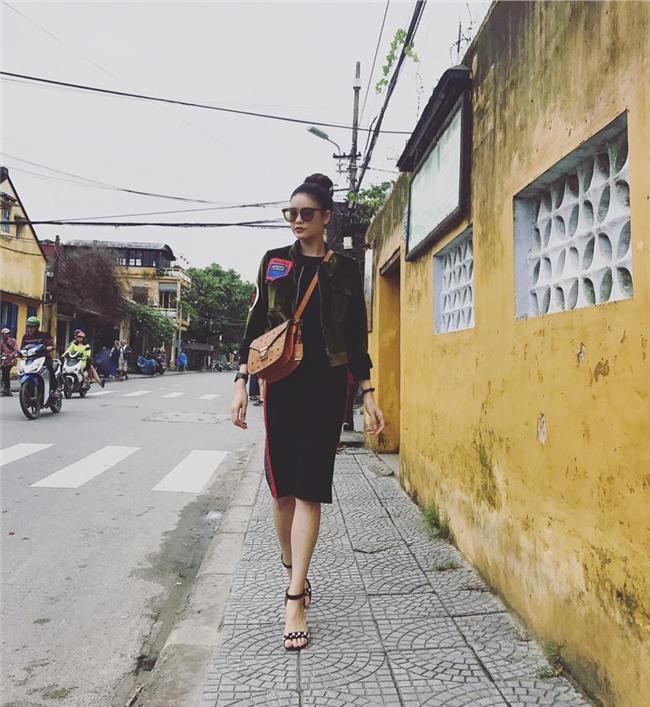 Gái một con Trương Quỳnh Anh và phong cách thời trang khiến mày râu mê đắm-13
