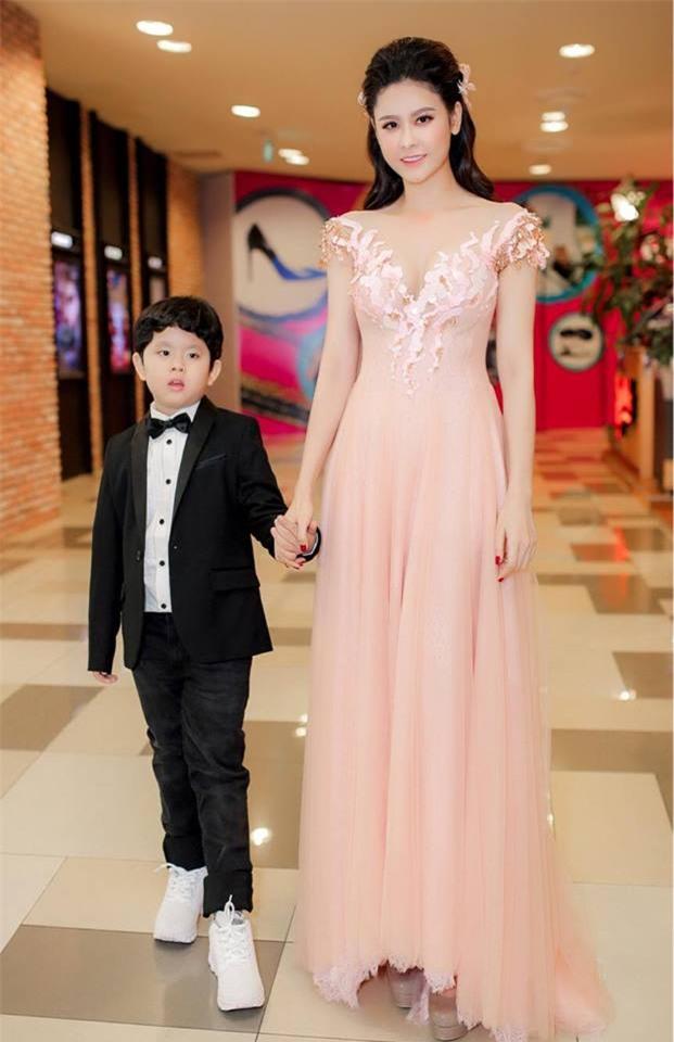 Gái một con Trương Quỳnh Anh và phong cách thời trang khiến mày râu mê đắm-6