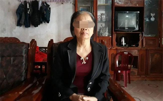 Mẹ già rụng rời khi đến nhận dạng thi thể con gái bị sát hại phi tang trong cống - Ảnh 1.