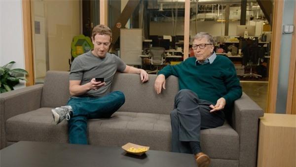 Bill Gates và Mark Zuckerberg là những người bạn thân