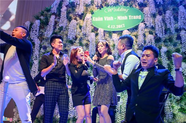 Mai Tai Phen, BB Tran cung nhieu nghe si du le cuoi Vinh Rau hinh anh 19
