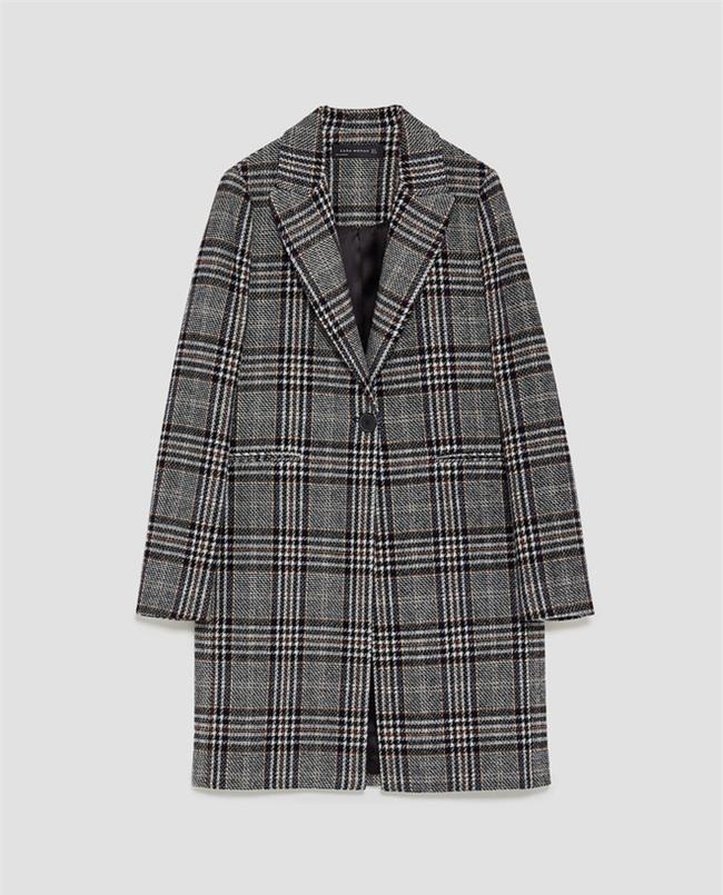 Chiếc áo khoác mà công nương Kate diện dự là sẽ hết hàng khắp mọi mặt trận - Ảnh 3.