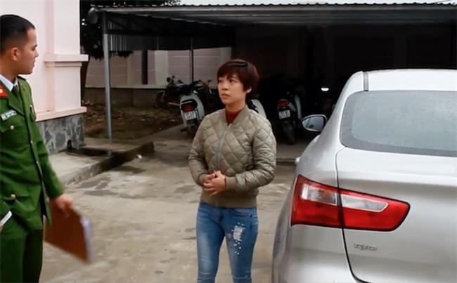Kiều nữ thuê hàng loạt ô tô tự lái rồi mang đi cầm lấy tiền tiêu xài - Ảnh 1.