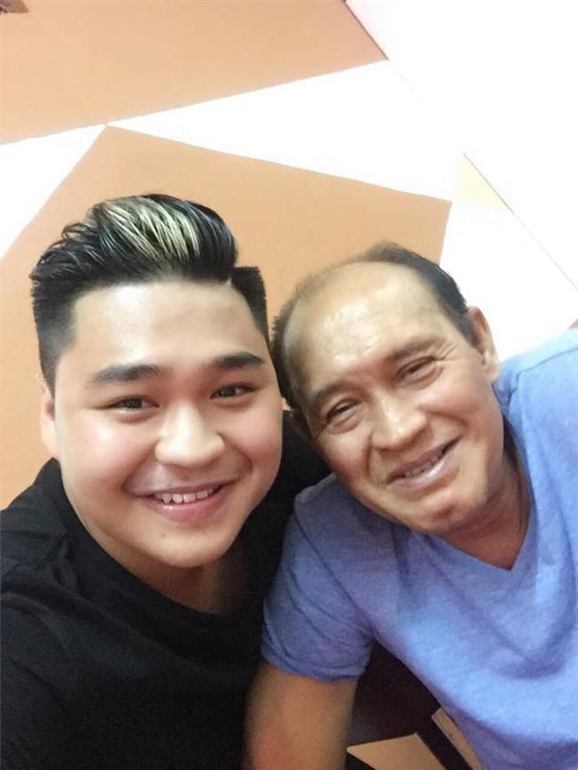 Con trai Lê Giang khẩn thiết: Xin quý vị đừng ghét ba tôi... -4