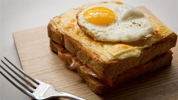 banh mi viet nam lot top 10 mon sandwich ngon nhat tren the gioi - 3