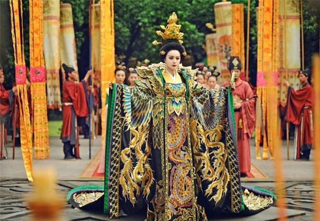 Trời không sợ, đất không sợ nhưng có 2 thứ khiến Nữ hoàng Võ Tắc Thiên quyền lực cũng phải sợ hãi - Ảnh 4.