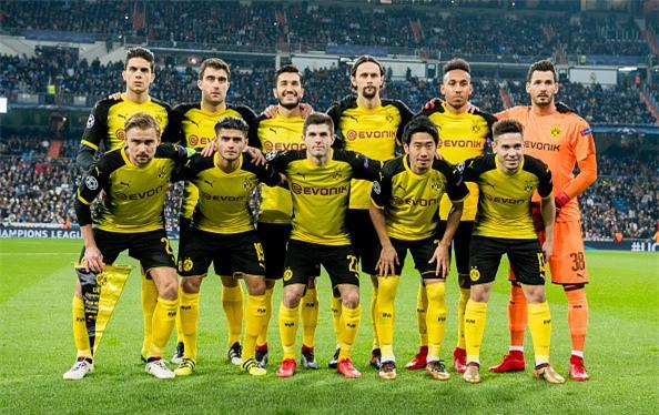 Lap sieu pham ha Dortmund, Ronaldo di vao lich su cup chau Au hinh anh 2