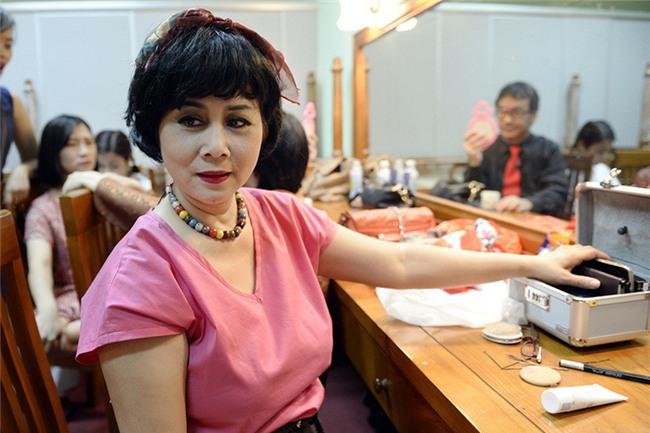 Góc khuất cuộc đời nhiều nước mắt của những nghệ sĩ hài Việt - Ảnh 9.