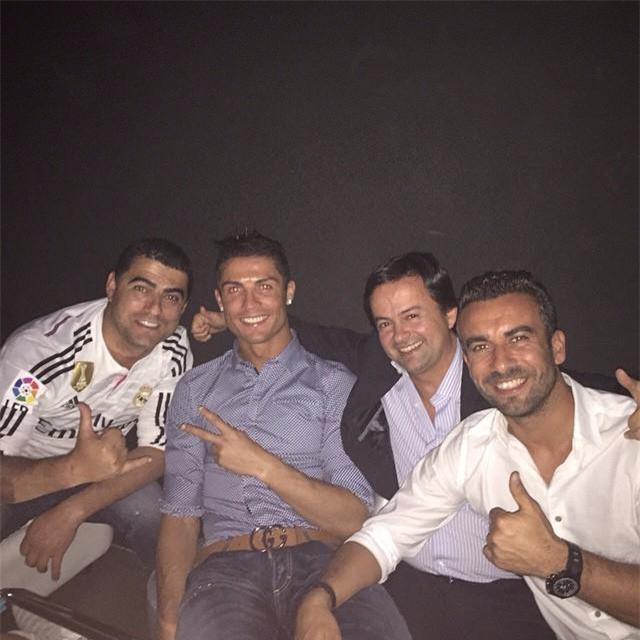Ronaldo đã cứu vớt cuộc đời anh trai nghiện rượu và ma túy như thế nào? - Ảnh 4.