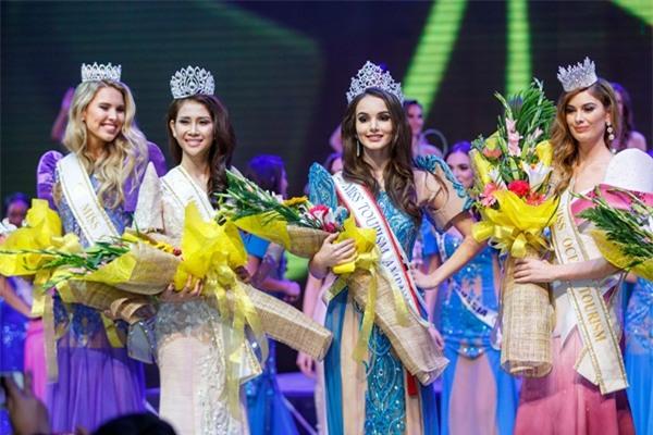 Á khôi Liên Phương bất ngờ đoạt vương miện Miss Eco Tourism 2017-8