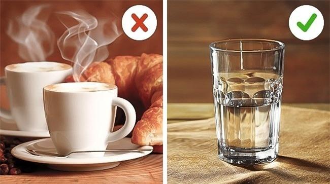 Hầu hết mọi người đều mắc những sai lầm này khi giữ ấm cơ thể lúc trời lạnh - Ảnh 5.