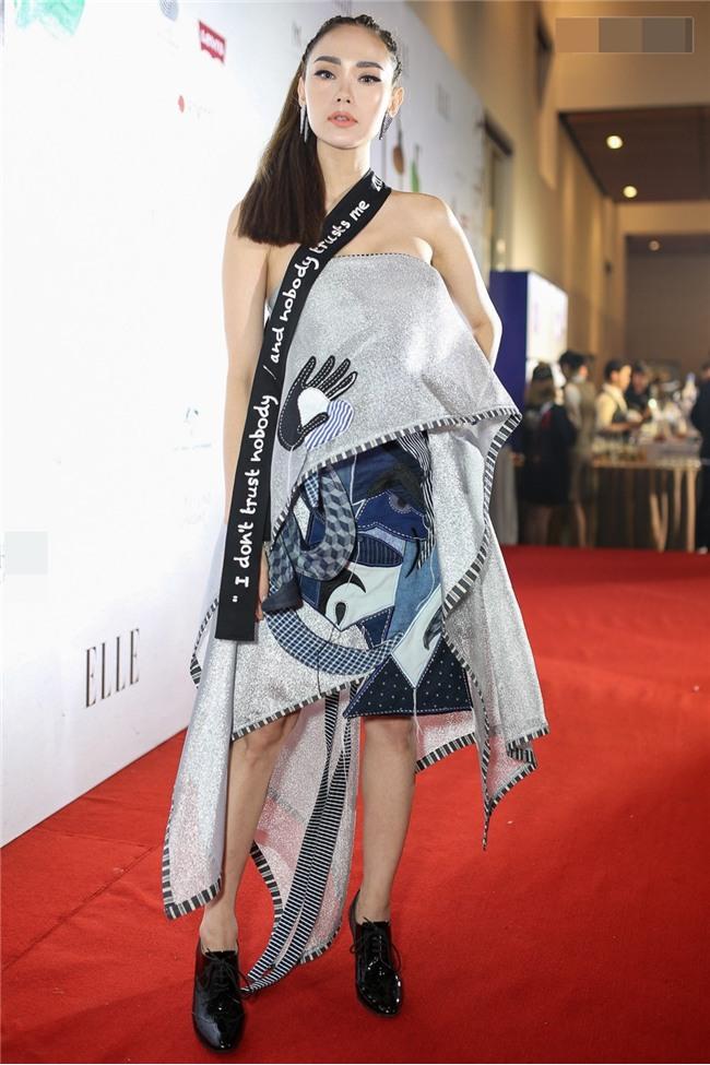 Diva Hồng Nhung lột xác khó hiểu - Thành Lộc phá vỡ quy tắc thời trang lọt top sao xấu-2