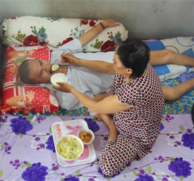 chuyen tinh muon mang cua nguoi phu nu nen duyen vo chong tu coc tra da - 3