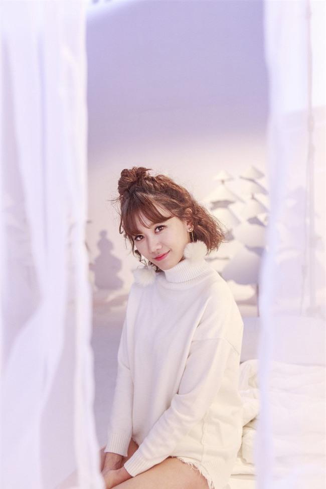 Hari Won vừa ra mắt MV mới bằng Tiếng Việt (nhưng vẫn chẳng ai hiểu đang hát gì) - Ảnh 3.