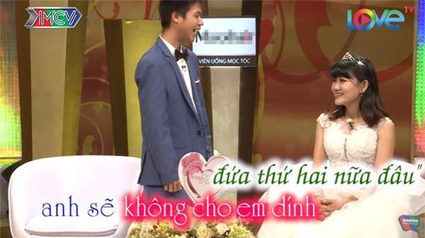 vo chong son: chet cuoi voi anh chong tre con, khong dam 'gan gui' vo bau vi so 'trung con' - 17