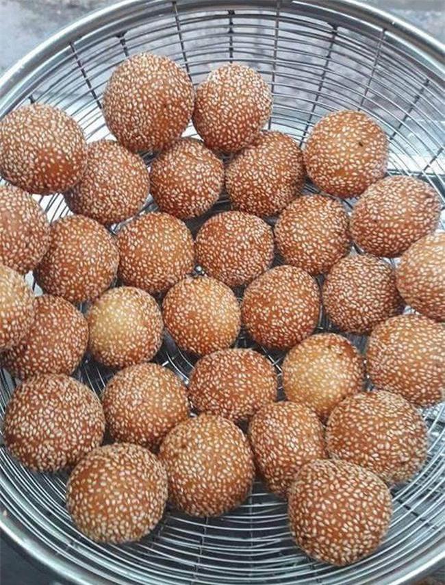 Mách bạn 4 hàng bánh rán chỉ từ 1k mà chủ hàng lúc nào cũng niềm nở, thân thiện ở Hà Nội - Ảnh 15.