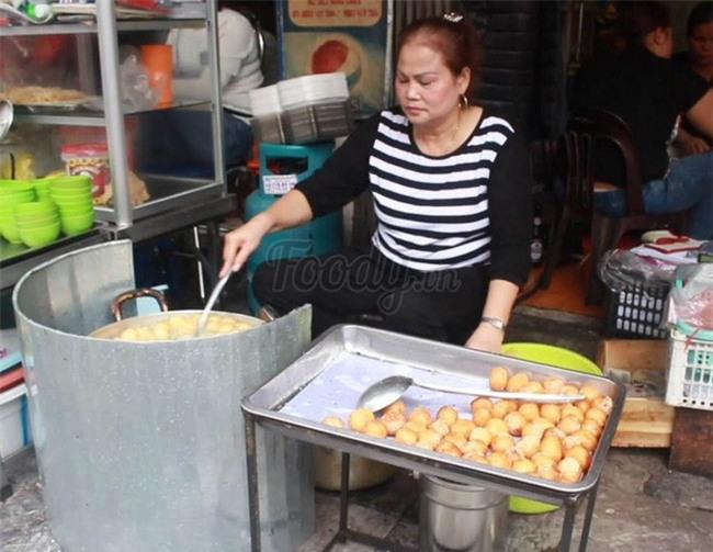 Mách bạn 4 hàng bánh rán chỉ từ 1k mà chủ hàng lúc nào cũng niềm nở, thân thiện ở Hà Nội - Ảnh 2.