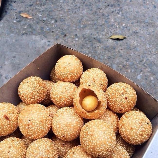 Mách bạn 4 hàng bánh rán chỉ từ 1k mà chủ hàng lúc nào cũng niềm nở, thân thiện ở Hà Nội - Ảnh 25.