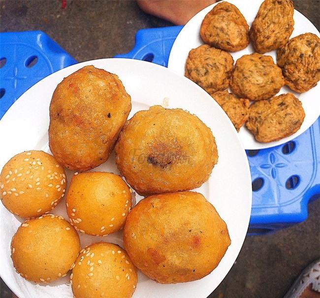Mách bạn 4 hàng bánh rán chỉ từ 1k mà chủ hàng lúc nào cũng niềm nở, thân thiện ở Hà Nội - Ảnh 9.