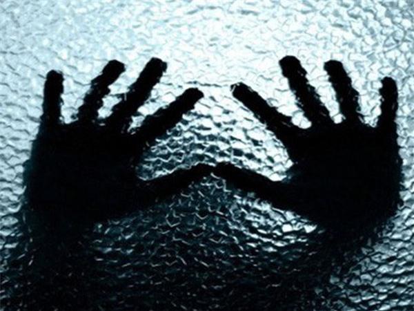 Xâm hại chị họ và em gái vợ mới 13 tuổi khi đến thăm nhà vợ