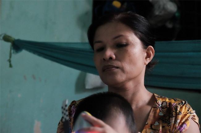 """Mẹ bỏ rơi khi mới 10 ngày tuổi, bé trai bệnh ung thư máu được """"người dưng"""" cưu mang suốt 2 năm trời - Ảnh 9."""