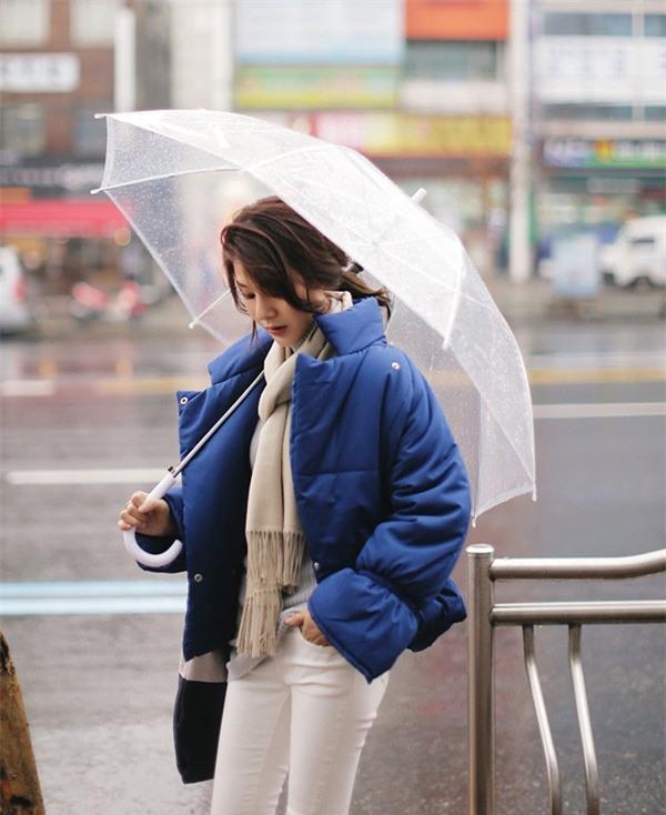 Ngày mai có mưa lạnh đến thế nào, thì chỉ cần chiếc áo này thôi là đủ ấm - Ảnh 5.