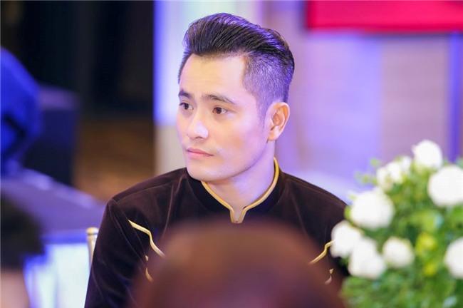 NTK ao dai cho Hoa hau Hoa binh: 'Hinh anh Huyen My trong toi da mat' hinh anh 1