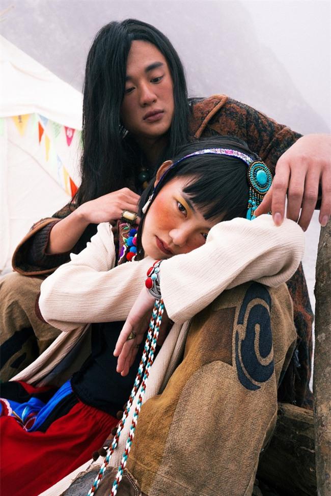 Cặp đôi Hà thành hóa trang thành dân du mục Mông Cổ, ôm rồng Nam Mỹ chụp ảnh cưới - Ảnh 11.