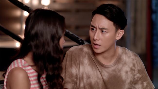 Glee: Cindy V lợi dụng Rocker Nguyễn và Hữu Vi quay clip nóng-9