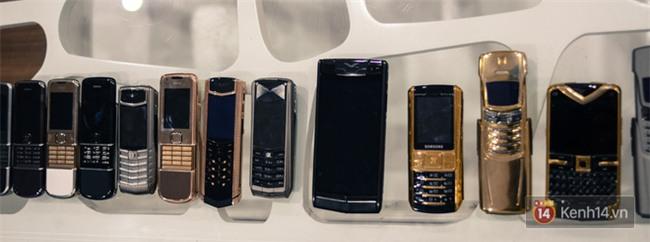Ngỡ ngàng vì nhiều lãnh đạo, người nổi tiếng và triệu phú vẫn đang dần săn tìm dòng điện thoại tưởng đã chết từ lâu này - Ảnh 4.