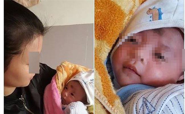 Bé gái 20 ngày tuổi bị bỏ rơi trước cửa trường mầm non giữa trời rét buốt - Ảnh 1.