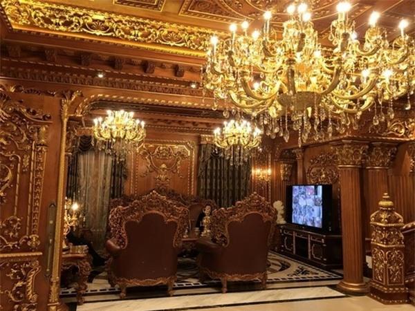thú chơi xa xỉ,nhà giàu,giới siêu giàu,nhà dát vàng,giường đại gia,đại gia Việt