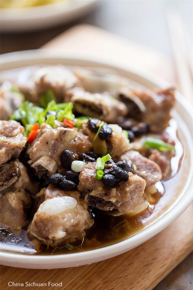 Sườn hầm đậu đen thơm ngon, bổ dưỡng