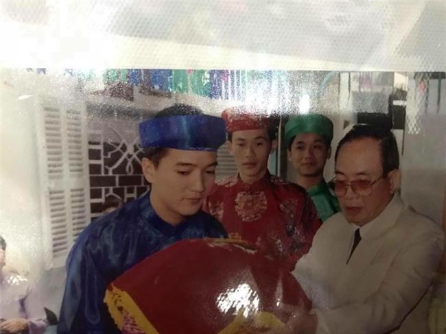 Bất ngờ trước món quà sinh nhật của Đàm Vĩnh Hưng dành cho Hoài Linh - Tin sao Viet - Tin tuc sao Viet - Scandal sao Viet - Tin tuc cua Sao - Tin cua Sao