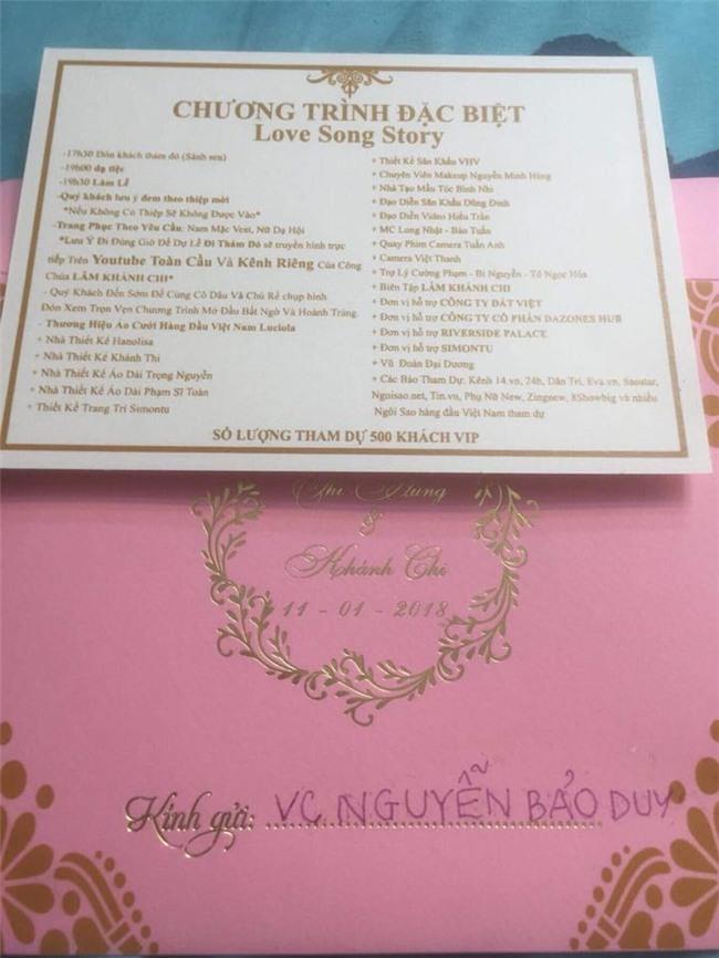 Hé lộ thiệp cưới mời 500 khách VIP của Lâm Khánh Chi và phi công kém 8 tuổi-3