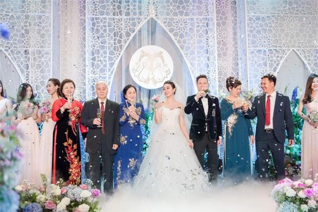 10 đám cưới Việt không phải của sao showbiz nhưng cực kỳ xa hoa khiến MXH nô nức chỉ dám nhìn không dám ước trong năm 2017 - Ảnh 19.