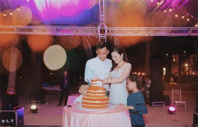 10 đám cưới Việt không phải của sao showbiz nhưng cực kỳ xa hoa khiến MXH nô nức chỉ dám nhìn không dám ước trong năm 2017 - Ảnh 27.