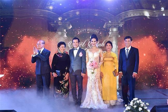 10 đám cưới Việt không phải của sao showbiz nhưng cực kỳ xa hoa khiến MXH nô nức chỉ dám nhìn không dám ước trong năm 2017 - Ảnh 30.