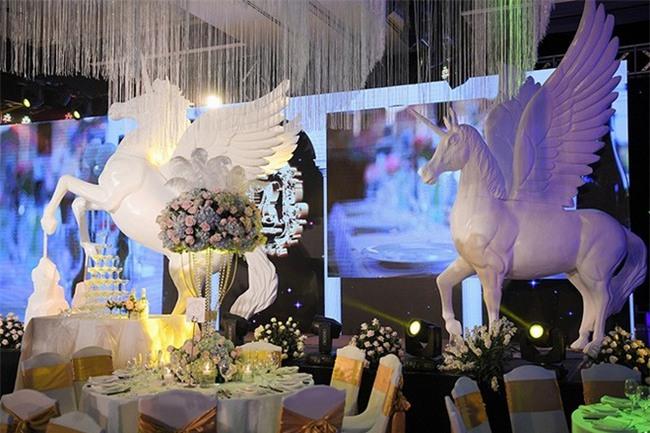 10 đám cưới Việt không phải của sao showbiz nhưng cực kỳ xa hoa khiến MXH nô nức chỉ dám nhìn không dám ước trong năm 2017 - Ảnh 33.
