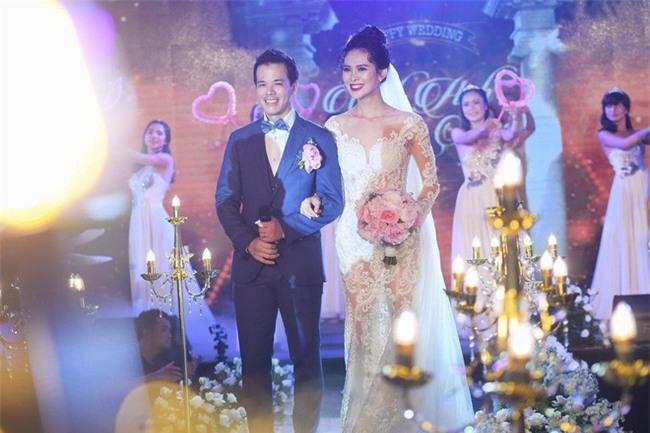 10 đám cưới Việt không phải của sao showbiz nhưng cực kỳ xa hoa khiến MXH nô nức chỉ dám nhìn không dám ước trong năm 2017 - Ảnh 34.