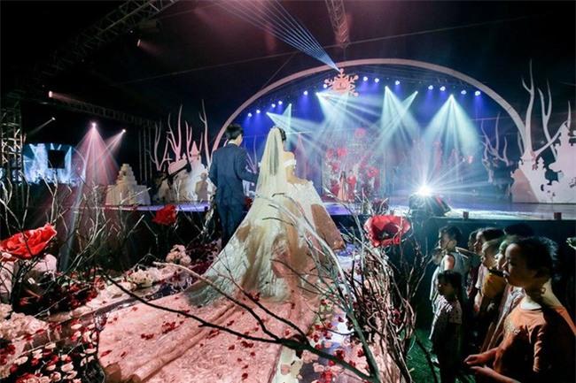 10 đám cưới Việt không phải của sao showbiz nhưng cực kỳ xa hoa khiến MXH nô nức chỉ dám nhìn không dám ước trong năm 2017 - Ảnh 38.