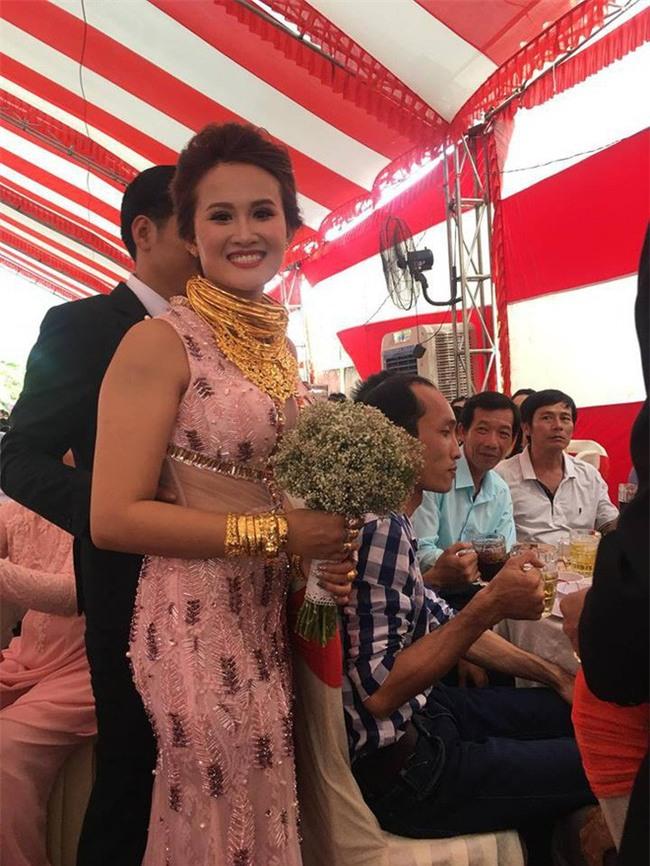 10 đám cưới Việt không phải của sao showbiz nhưng cực kỳ xa hoa khiến MXH nô nức chỉ dám nhìn không dám ước trong năm 2017 - Ảnh 44.