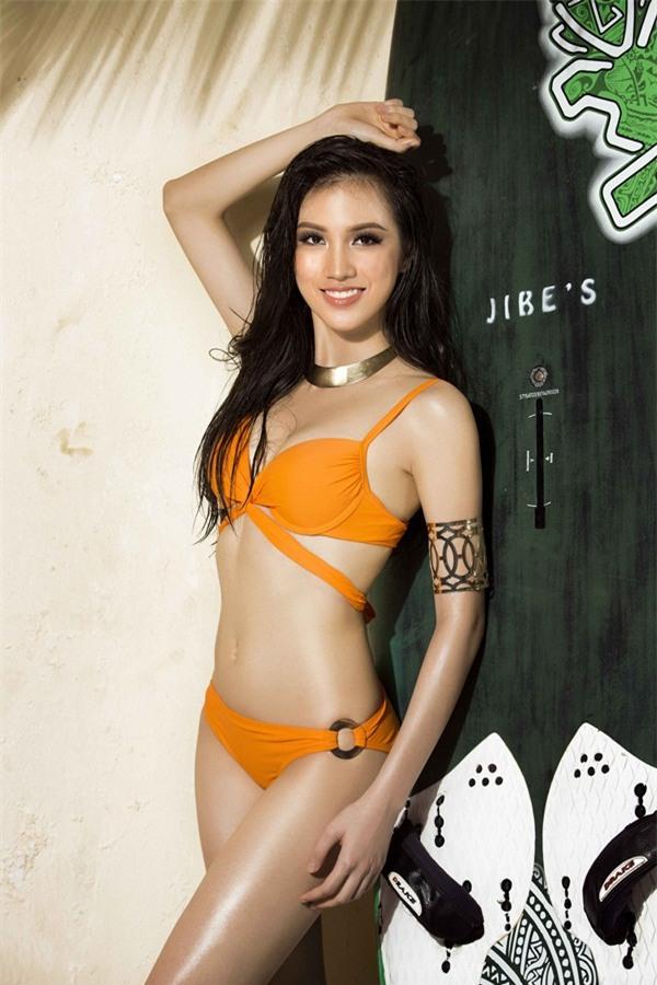 Bỏng mắt trước loạt ảnh bikini của dàn thí sinh Hoa hậu Hoàn Vũ Việt Nam 2017-7