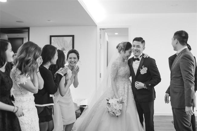 Đám cưới cổ tích với váy cưới đính 20.000 viên ngọc trai, dàn khách mời khủng và loạt xe sang của cặp đôi cậu ấm cô chiêu Hà thành - Ảnh 14.