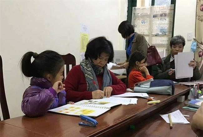 Vụ 9 học sinh bỗng nhiên ngất, tự chạy ra khỏi lớp khi đang học: Các em đều là học sinh giỏi, có chỉ số IQ cao - Ảnh 3.