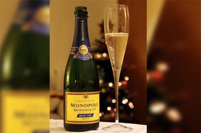 Giới siêu giàu trên thế giới tặng quà Giáng sinh gì cho nhau?